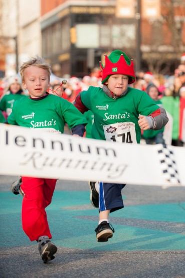 Elf Race at Manchester SAnta Claus Shuffle