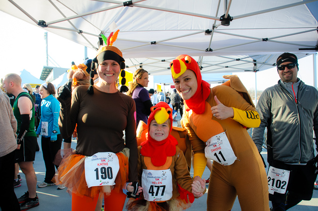 PHOTOS: Fisher Cats Thanksgiving 5K 2012