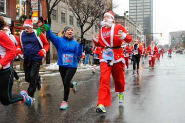 PHOTOS: BASC Santa Claus Shuffle 2014